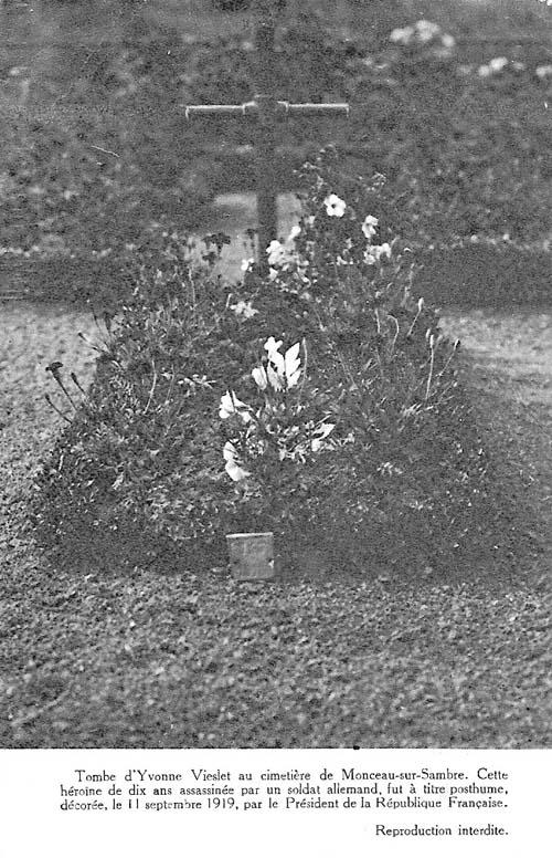 Tombe d'yvonne au cimetière de monceau-sur-sambre. (envoi d'augustin