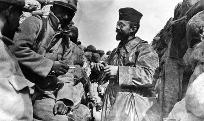 Aumôniers militaires (Louis Lenoir, Daniel Brottier) Aumonier_lenoir_003